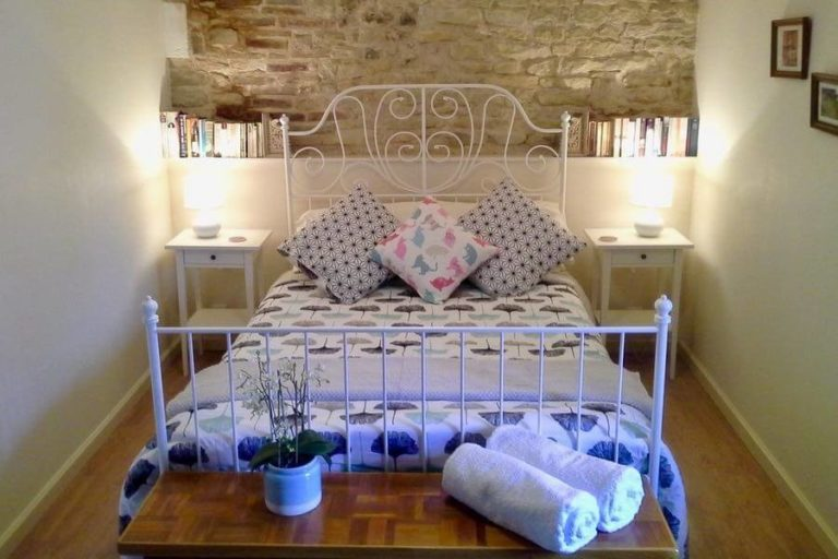 La-Charente-Bed (1)
